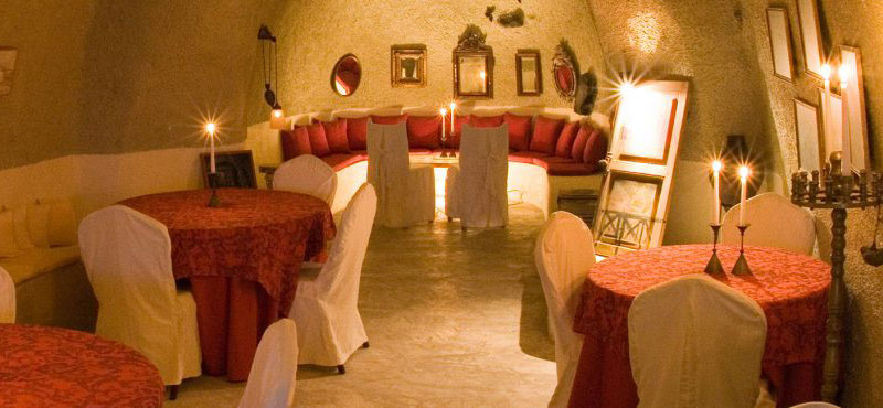 TheWineBar-cave_full
